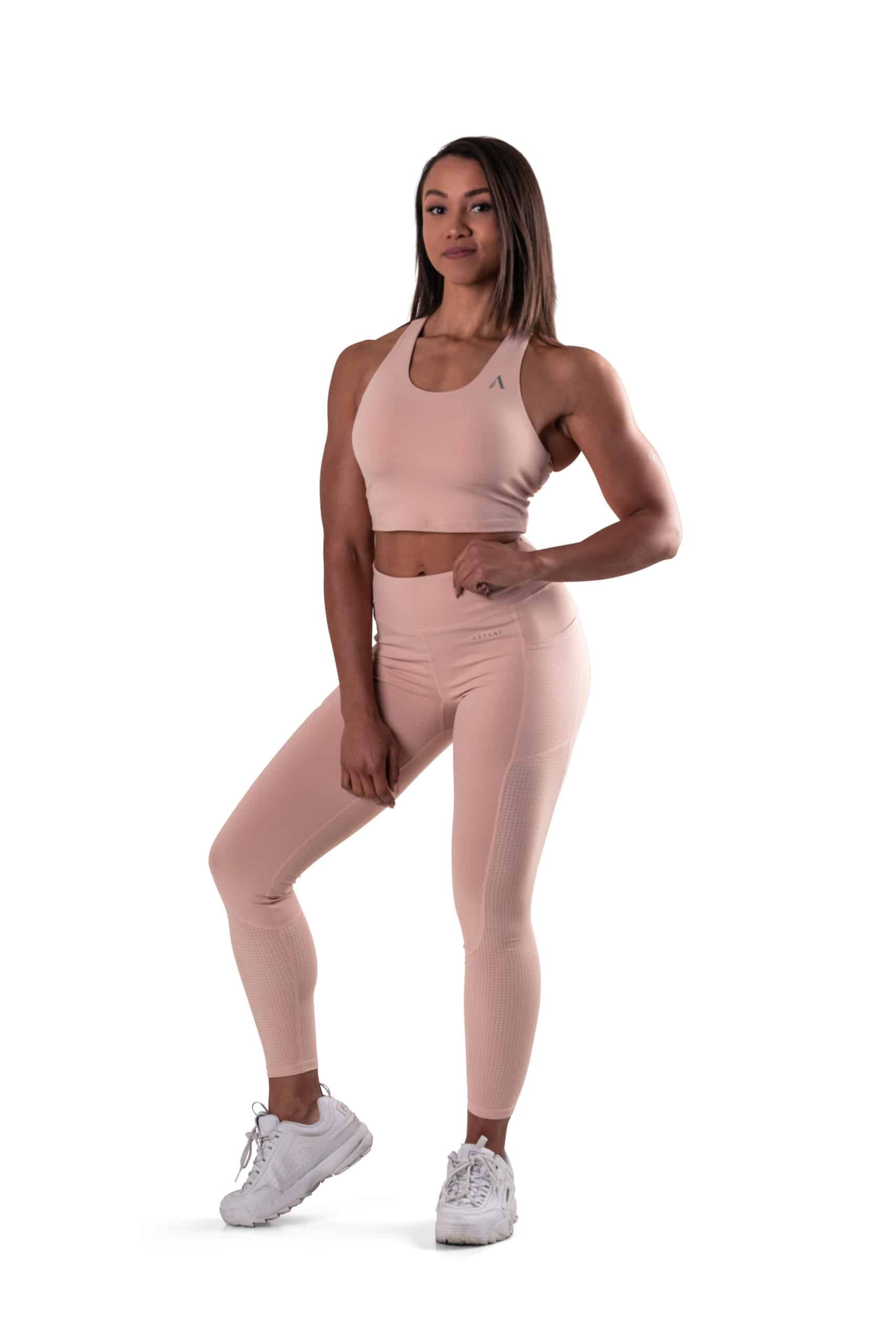 beige training set with green tights with pockets, mesh and high waist beige and crop top top top with built-in sports bra and detachable inserts with mesh